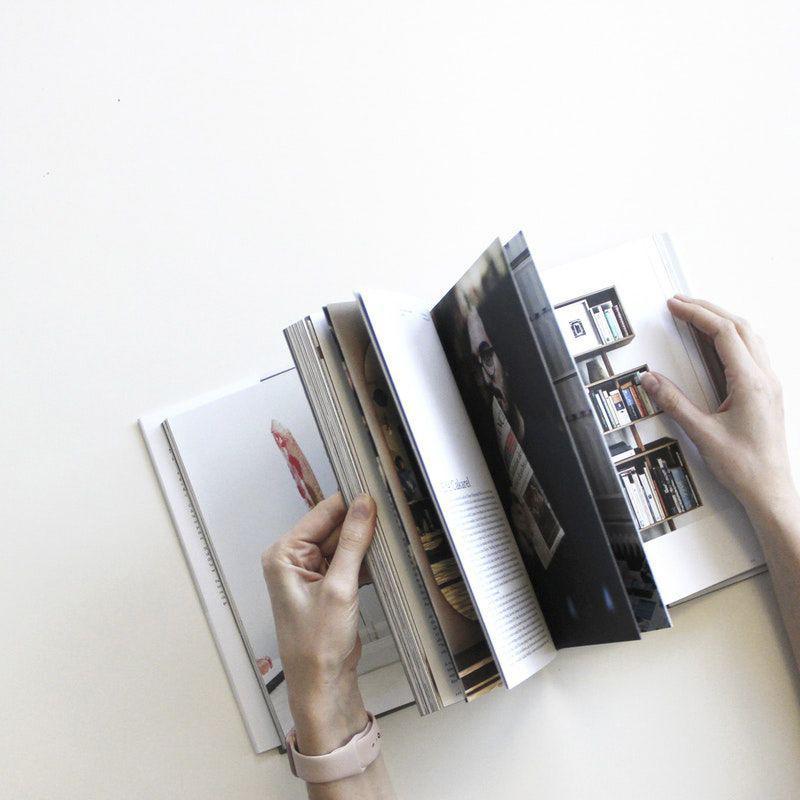 Orçar manuseios de revistas